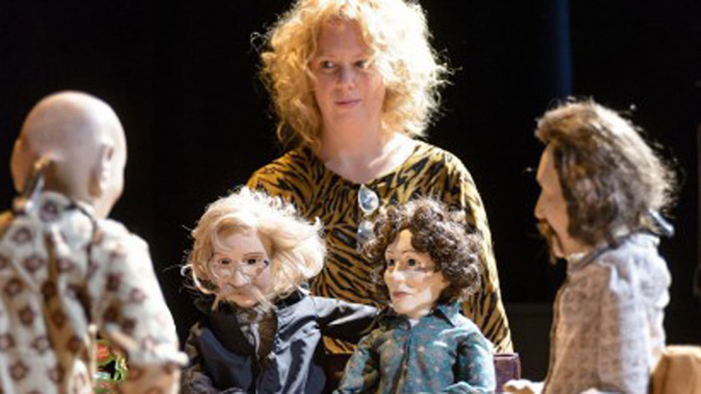 """""""Materia – Jag är inte Linda Lovelace"""". Foto: Scenkonstbiennalen i Malmö"""