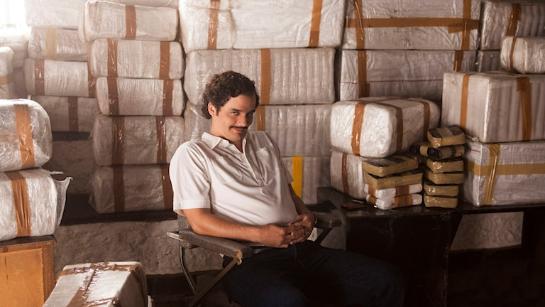 "Wagner Moura spelar Pablo Escobar i TV-serien ""Narcos"". Foto: Daniel Daza/Netflix/AP."