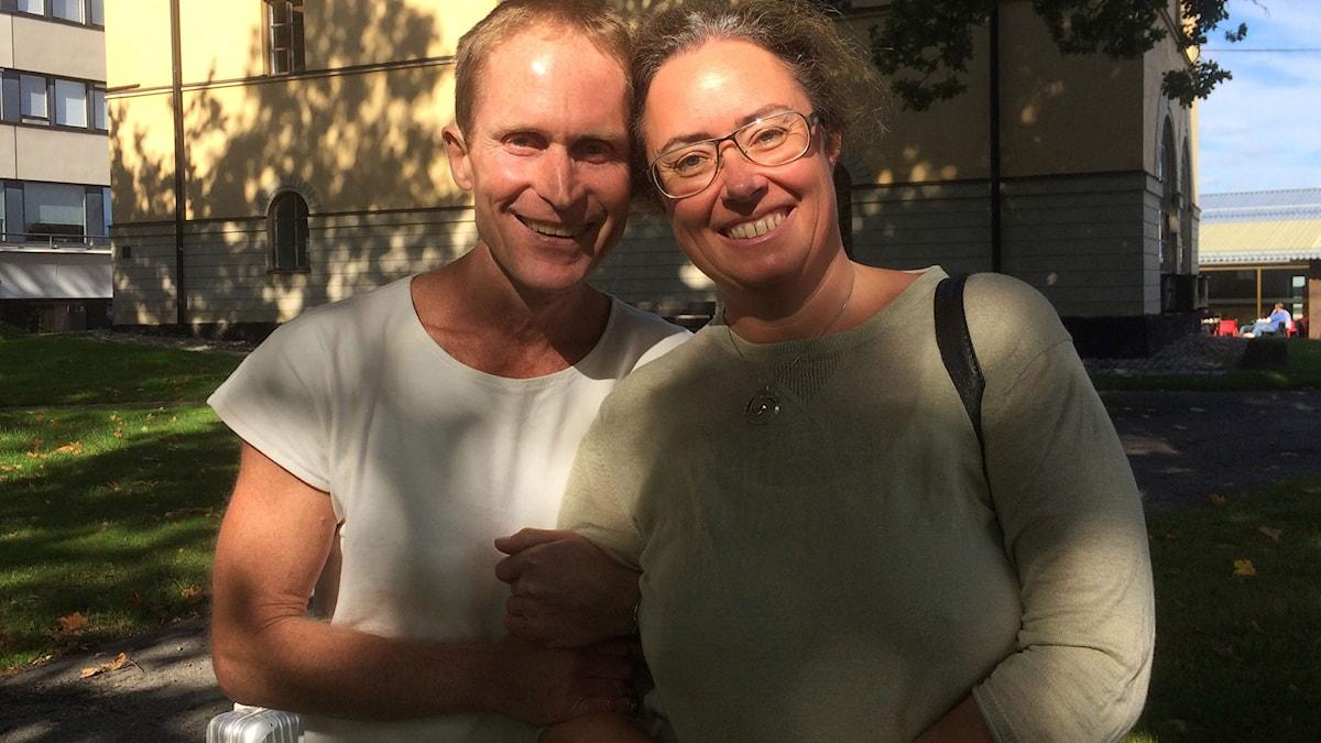 Författaren Peter Hoeg och reportern Anna Tullberg. Foto: Sveriges Radio