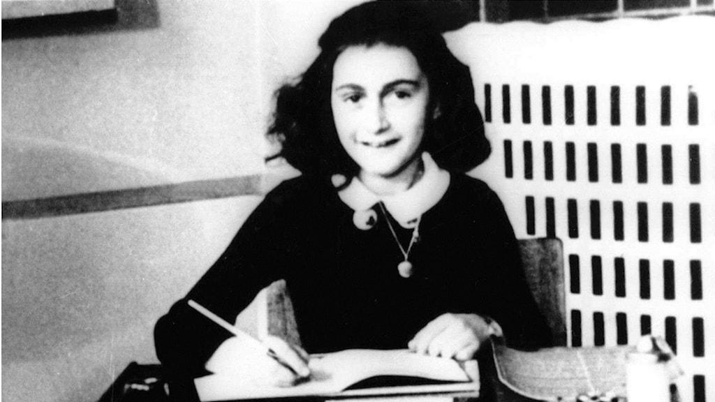 Dagboken fick Anne Frank på sin 13-årsdag och hon skrev i den fram till 1 augusti 1944. Bild: AP
