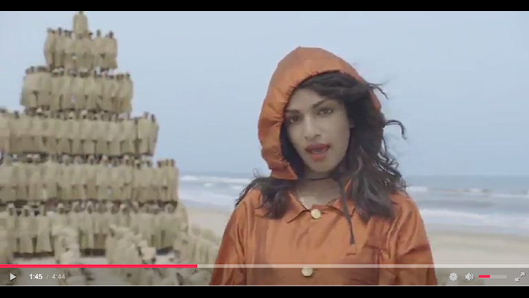 "M.I.A. i nya videon ""Borders"". Bild: skärmdump: Youtube."