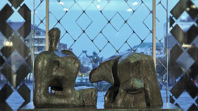 """Henry Moores """"Vilande figur"""" nu på Göteborgs konstmuseum Foto: the Henry Moore Foundation"""