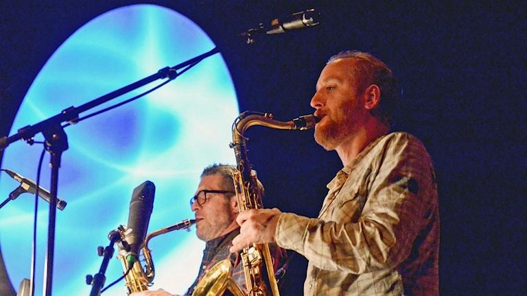 Alberto Pinton och Jonas Kullhammar. Foto: Kjell Oscarsson, Sveriges Radio.