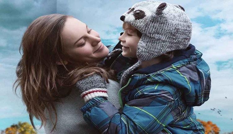 "Brie Larson och Jacob Tremblay i ""Room"". Foto: UIP."