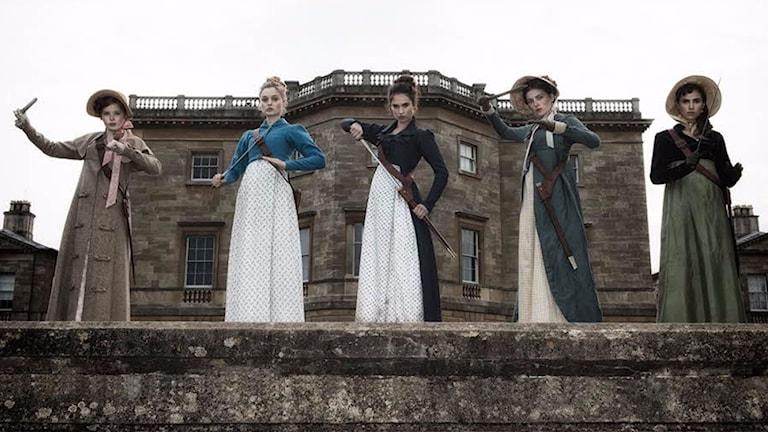 Jane Austens hjältinnor som mördarmaskiner. Foto: Sony/SF