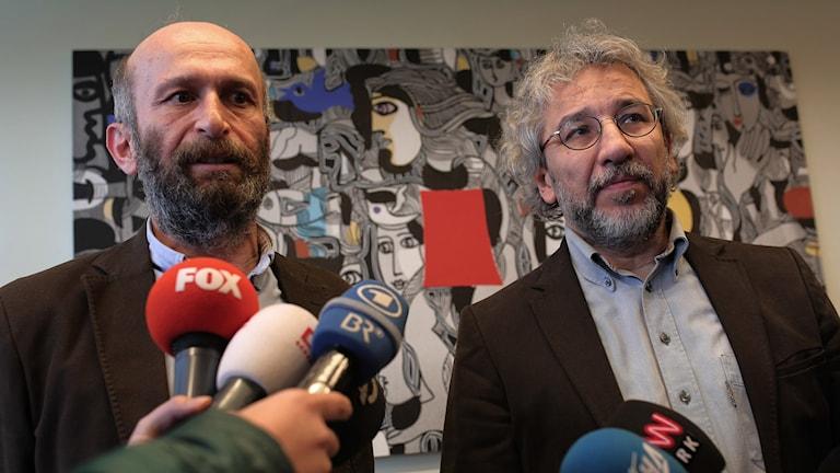 Can Dündar och Erdem Gül ställs inför rätta på långfredagen.