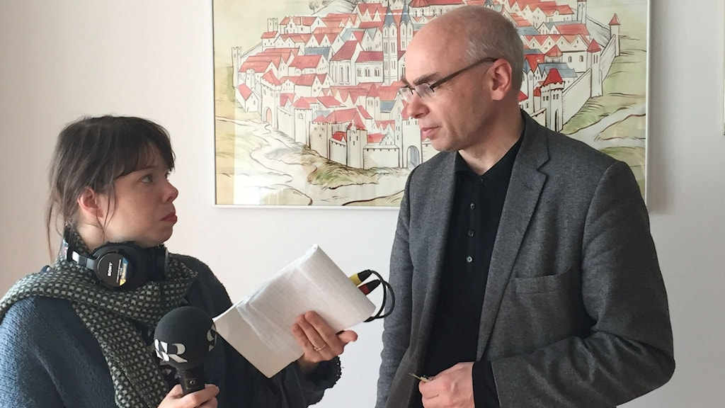 Dariusz Stola intervjuas av Thella Johnson
