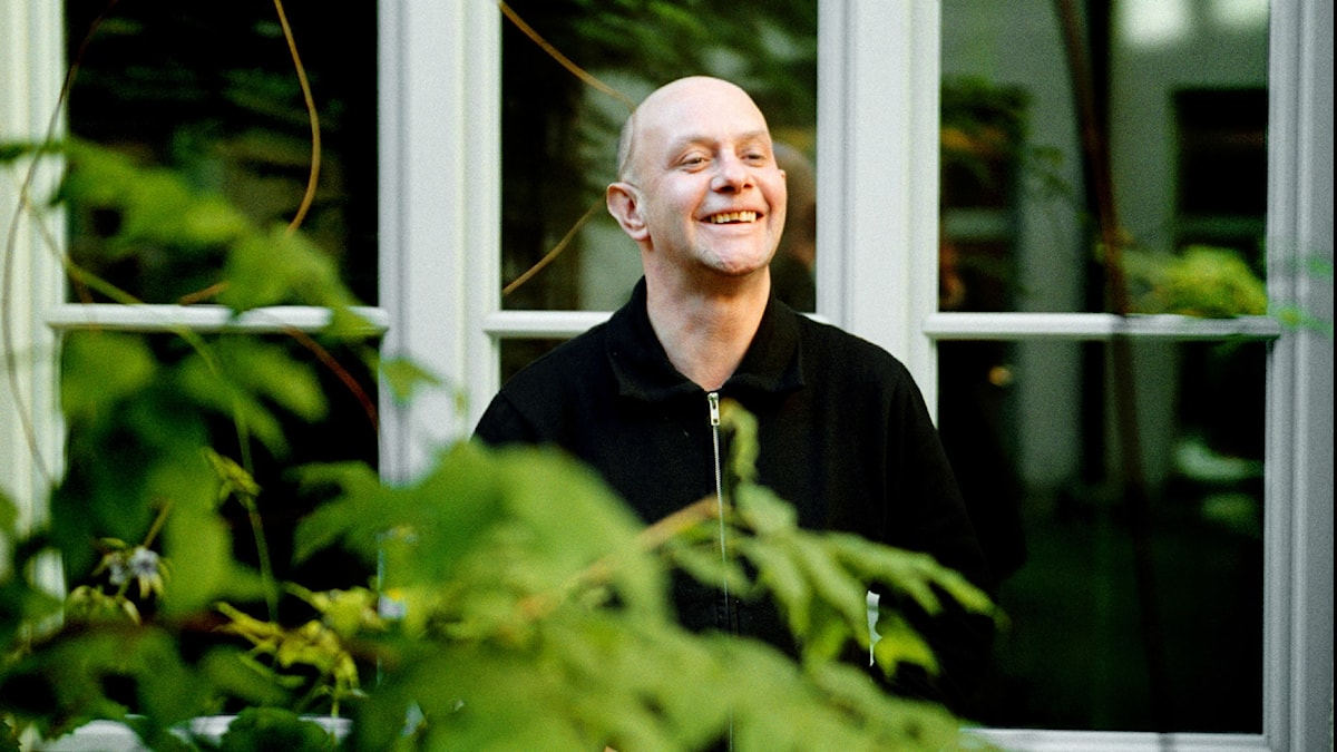Den brittiske författaren Nick Hornby.