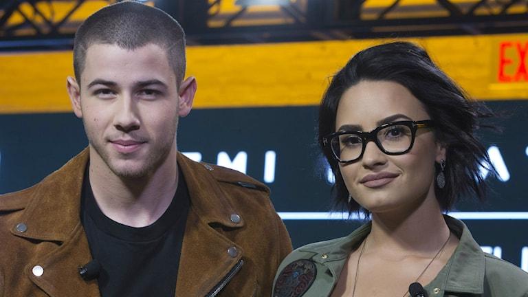 Artisterna Demi Lovato och Nick Jonas.