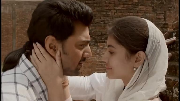 Kärleksparet i den bengalisaka versionen av Romeo och Julia, Arshinagar.