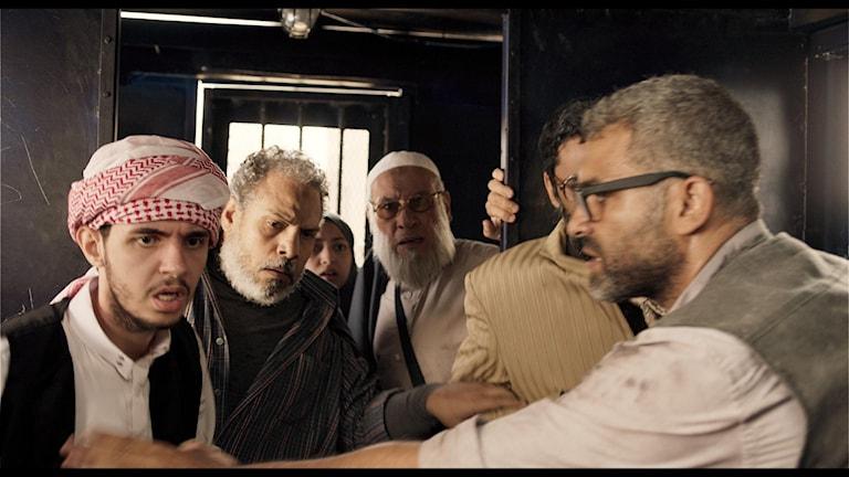 """Bild ur Mohamed Diabs film """"Clash""""."""