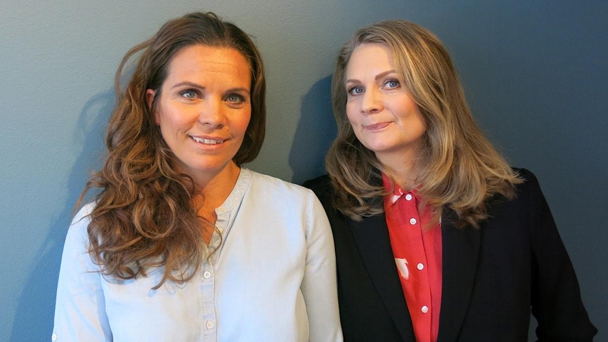 Manusförfattarna Clara Herngren och Moa Herngren. Foto: Björn Jansson/Sveriges Radio.