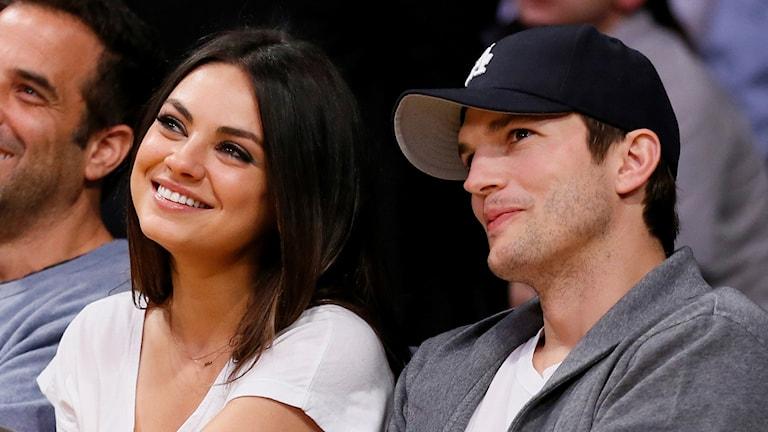 Skådespelarna Mila Kunis och Ashton Kutcher blev ett par på riktigt efter serien That '70s show.