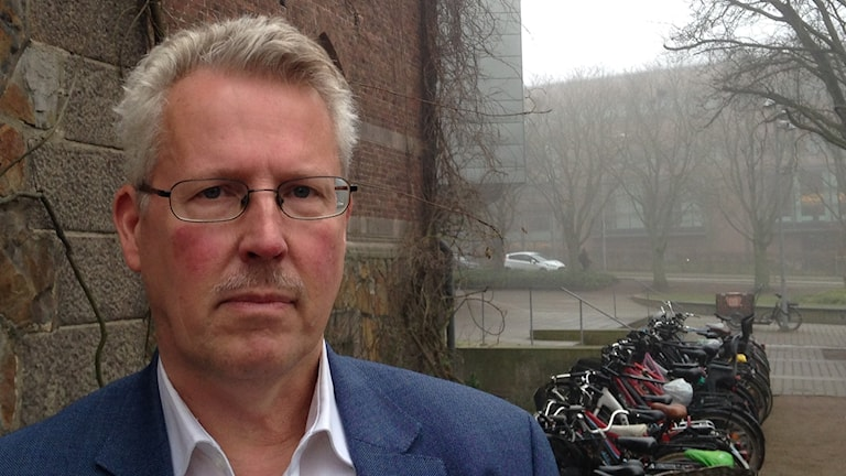 Erik J Olsson, ordförande Academic rights watch.