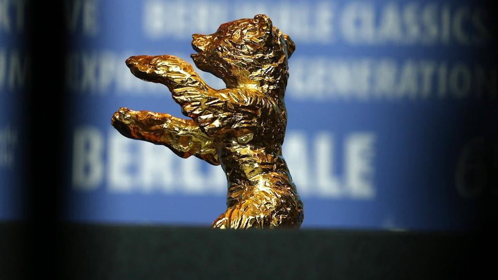 Guldbjörnen delas ut till den film juryn anser vara den bästa på Berlins filmfestival.