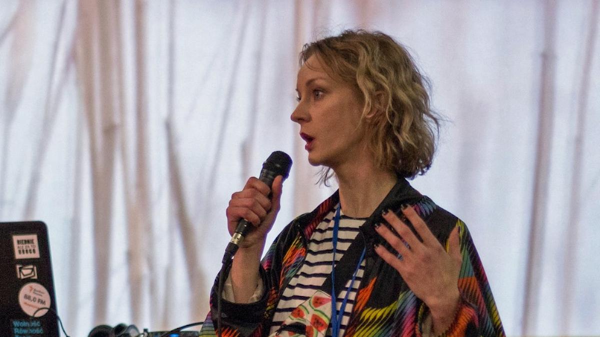 Diana Berg på konstcentret Platforma TIU i Mariupol i östra Ukraina.