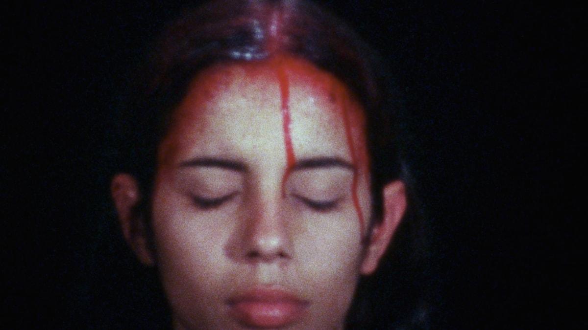 Sweating Blood, ett av Mendietas verk.