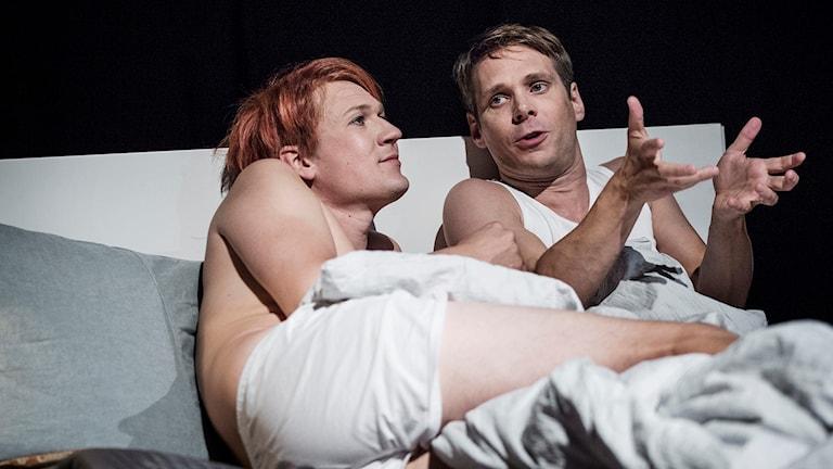 """Mattias Linderoth och Henrik Svalander i """"Angels in America""""-"""
