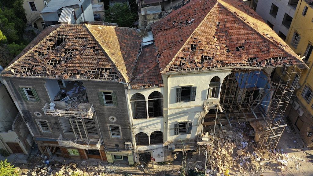 Byggnader som förstörts efter explosionen i Beiruts hamn.