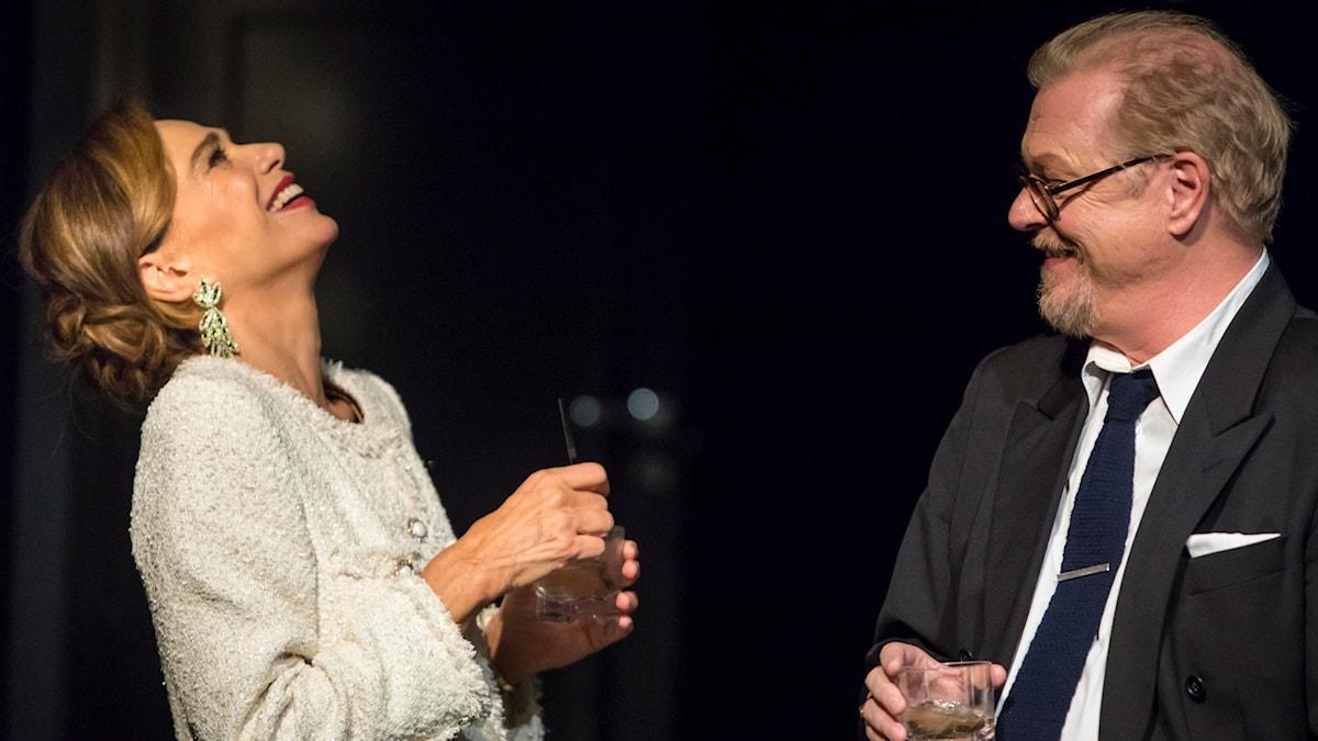"""Lena Olin och Peter Andersson i """"Vem är rädd för Virginia Woolf?"""""""