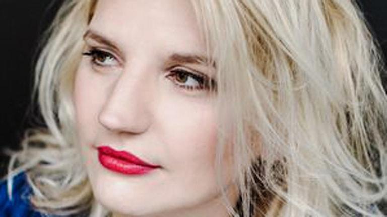 Närbild på sopranen Maari Ernits. Bild från Nederländernas operaakademi.