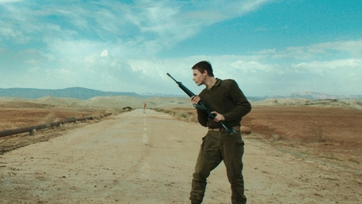 Den dansande soldaten i filmen Foxtrot