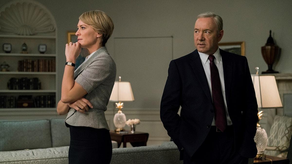 """Claire Underwood (Robin Wright) och Frank Underwood (Kevin Spacey) i femte säsongen av """"House of Cards""""."""