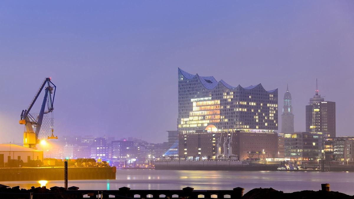 Elbphilharmonin får sin hemmascen i Hamburgs nya konserthus.