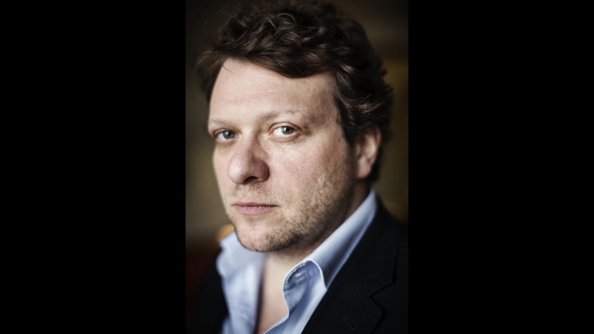 Den brittiske författaren och journalisten Peter Pomerantsev.