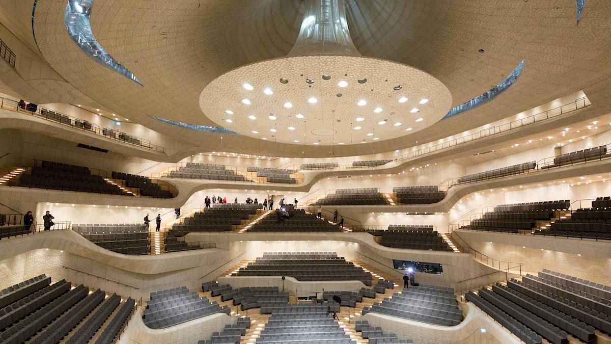 Den stora konsertsalen i Hamburgs nya konserthus rymmer drygt 2 000 sittande.
