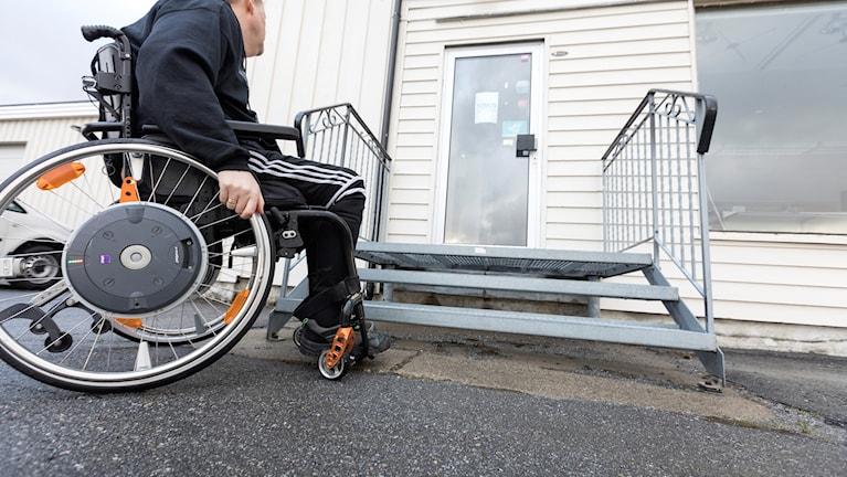 Många personer med funktionsvariationer upplever att bristande tillgänglighet hindrar dem att delta i kulturaktiviteter.