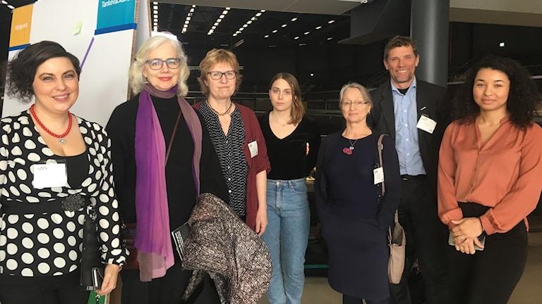 Från vänster: Terese Bengard, Marika Lagercrantz,Helene Alm, Matilda Källén, Lena Engqvist Forslund, Staffan Forssell, Viktoria Nguema