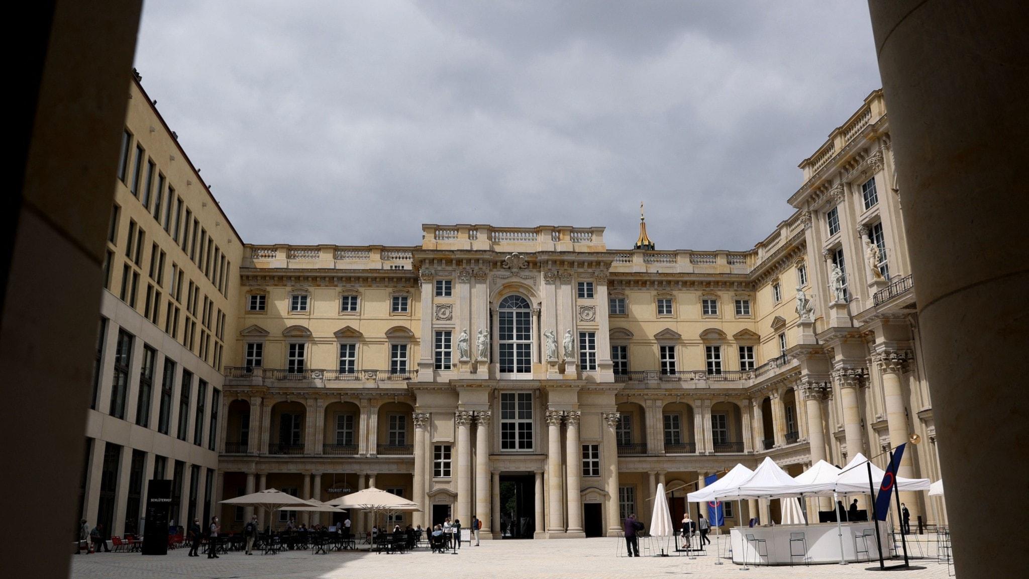 Idag öppnar museikomplexet Humboldt Forum i Berlin