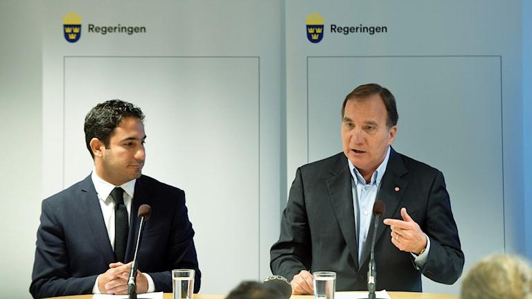 Statsminister Stefan Löfven och civilminister Ardalan Shekarabi.