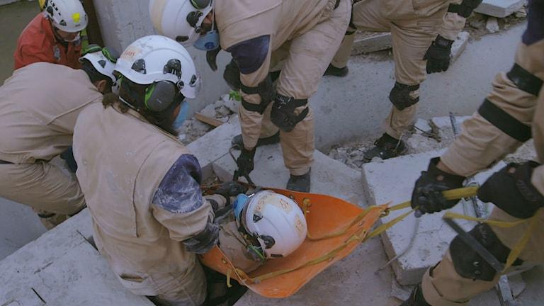 "dokumentären ""The White Helmets"" i regi av Orlando von Einsiedel"