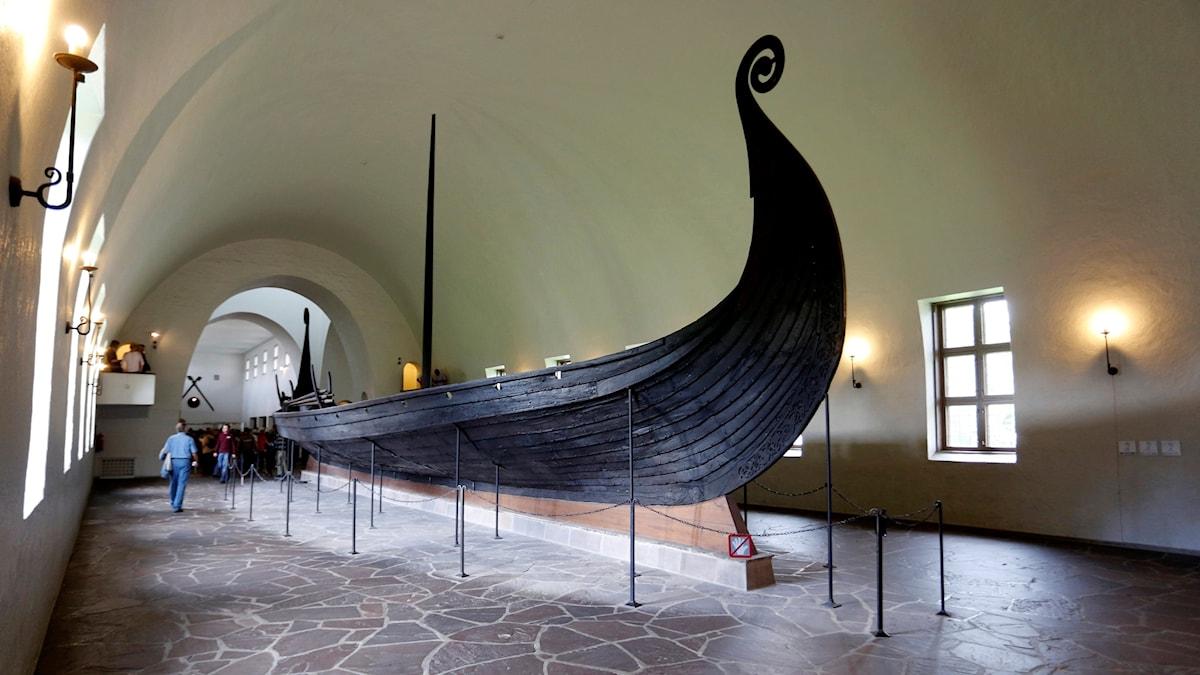 Ett av vikingaskeppen som redan finns på Bygdøy.