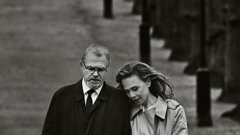 Peter Andersson och Lena Olin i Edward Albees Vem är rädd för Virginia Woolf? på Kulturhuset Stadsteatern. Foto: Carl Bengtsson