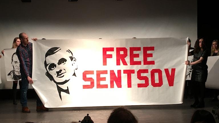 Performance i Stockholm till stöd för politiska fångar i Ryssland.