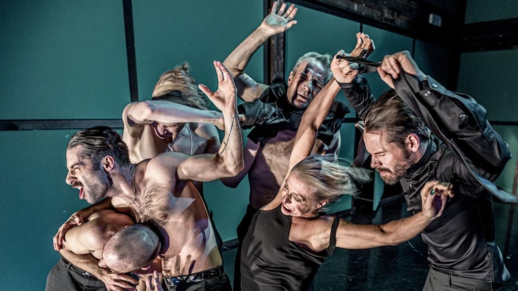 ur Alexander Ekmans föreställning Kuckel på Orionteatern i Stockholm februari 2020