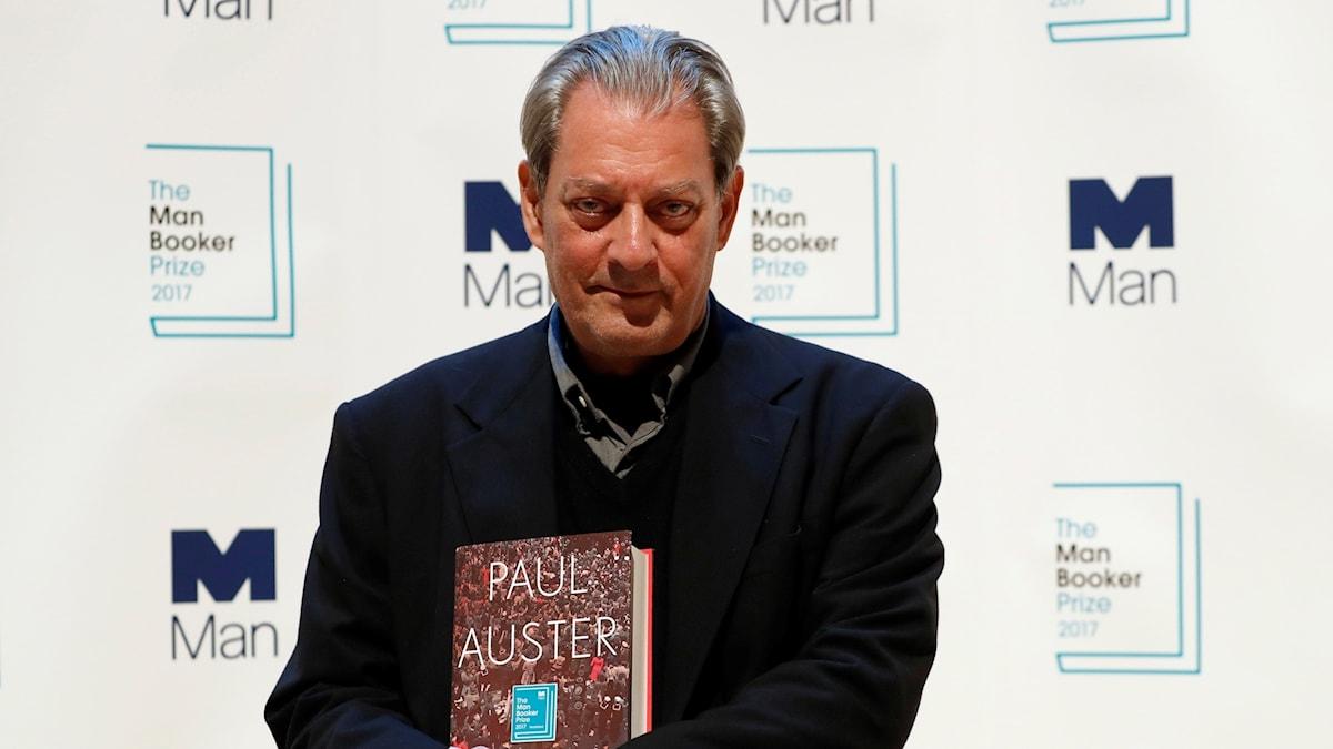 """Paul Auster och hans roman """"4 3 2 1""""."""