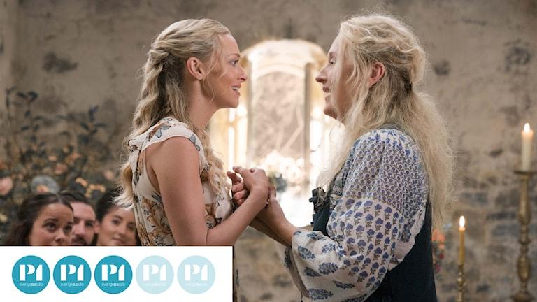 Amanda Seyfried och Meryl Streep i Mamma Mia! Here we go again.