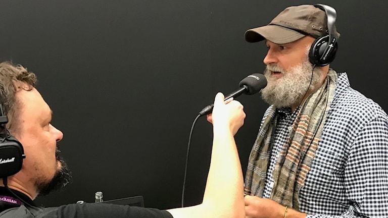 Roger Wilson intervjuar Erlend Loe.
