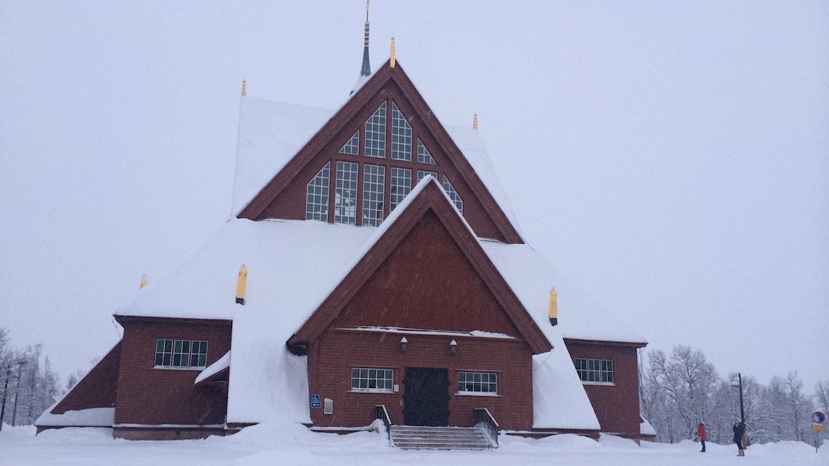 Kiruna kyrka. Utsedd till Sveriges vackraste byggnad 2001 - och en av de kulturhistoriska monument som måste flyttas i sin helhet.