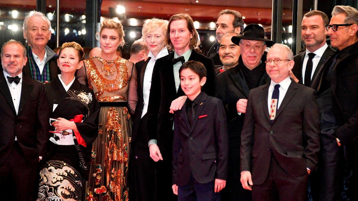 """Skådespelarna i """"Isle of Dogs"""" på röda mattan i Berlin."""