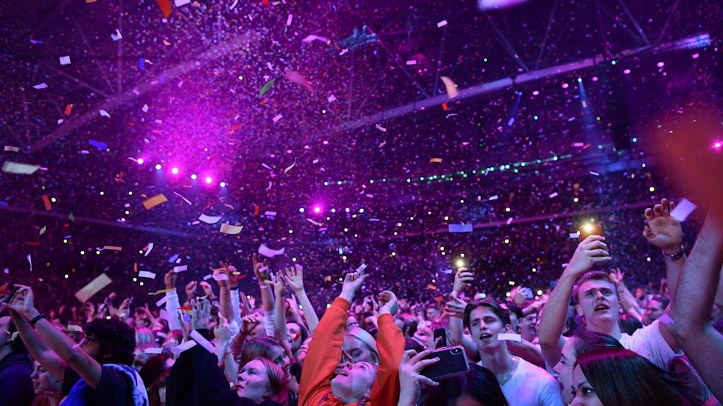 Publik från Friends Arena