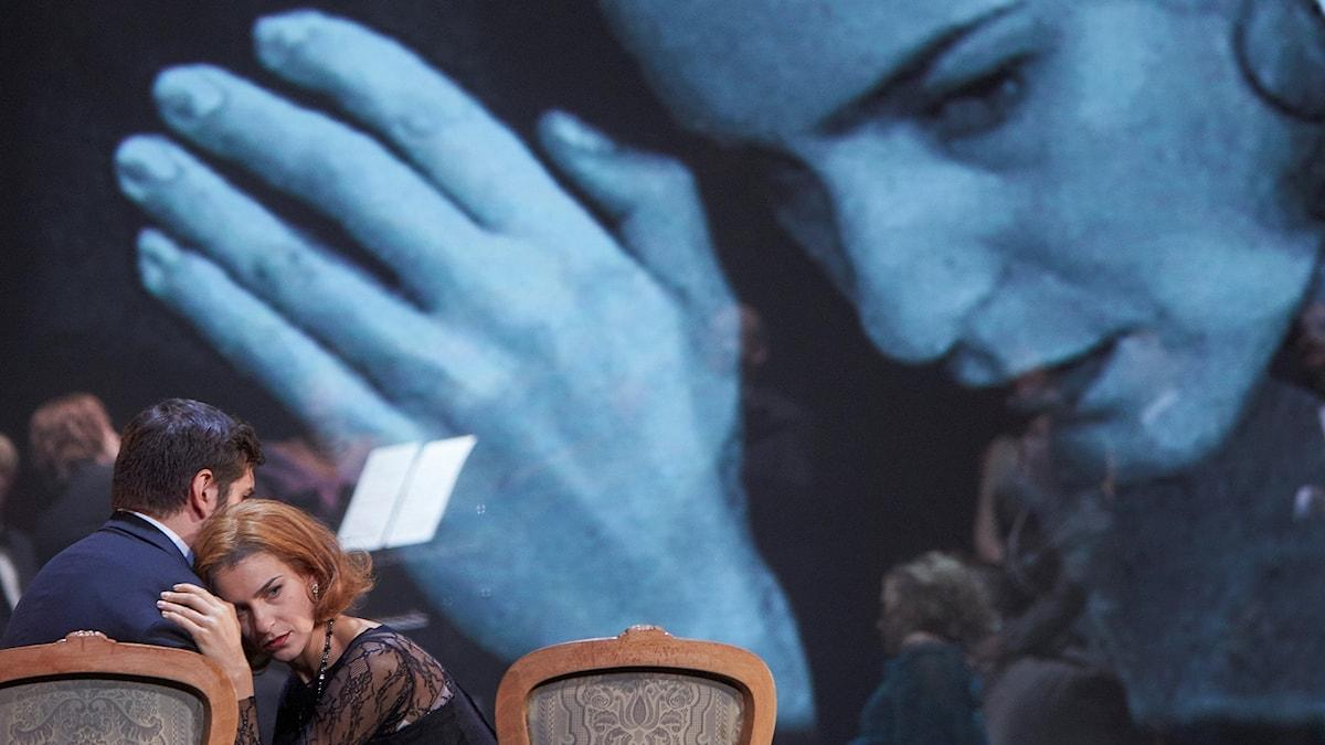 Fedora av Umberto Giordano på Kungliga Operan: Regi Christof Loy Dirigent Tobias Ringborg På bilden: Andrea Carè (som Loris Ipanov) Asmik Grigorian (som Fedora)