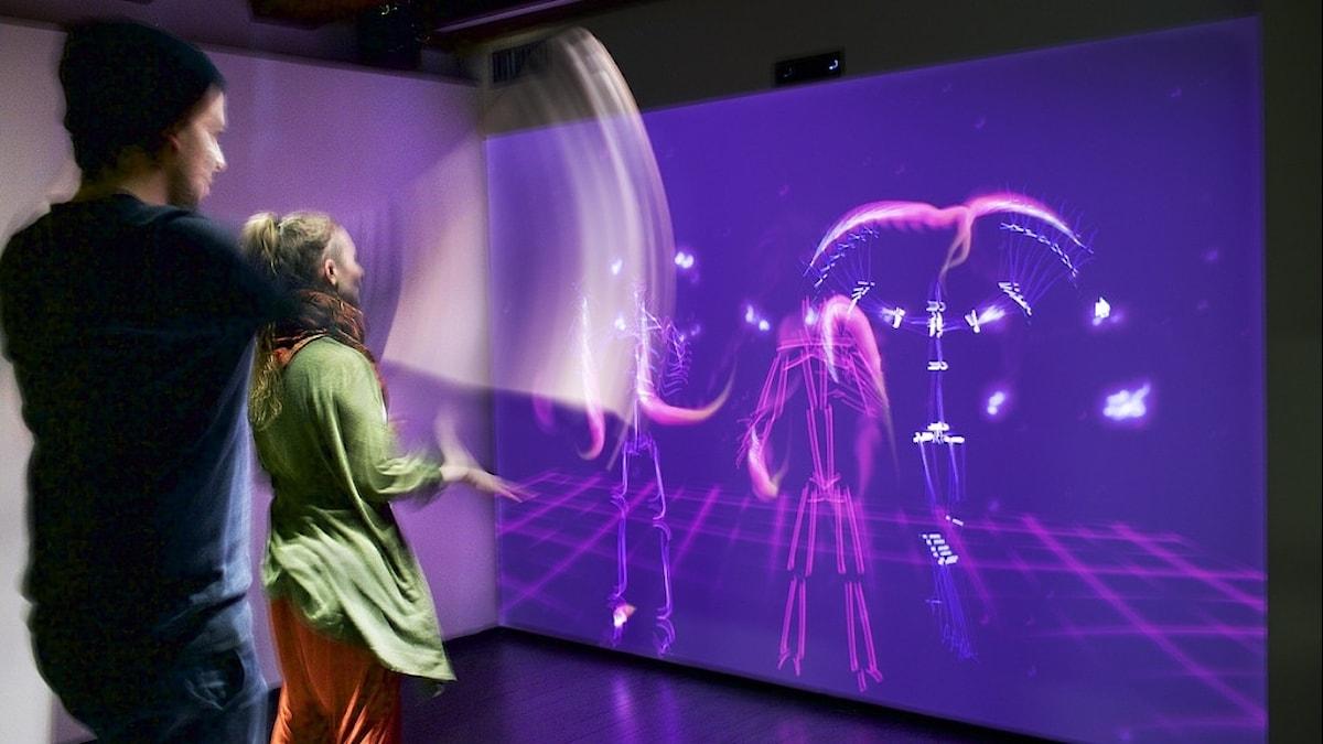 Gestrument, teknik som läser av kroppars rörelser och kopplar det musik.