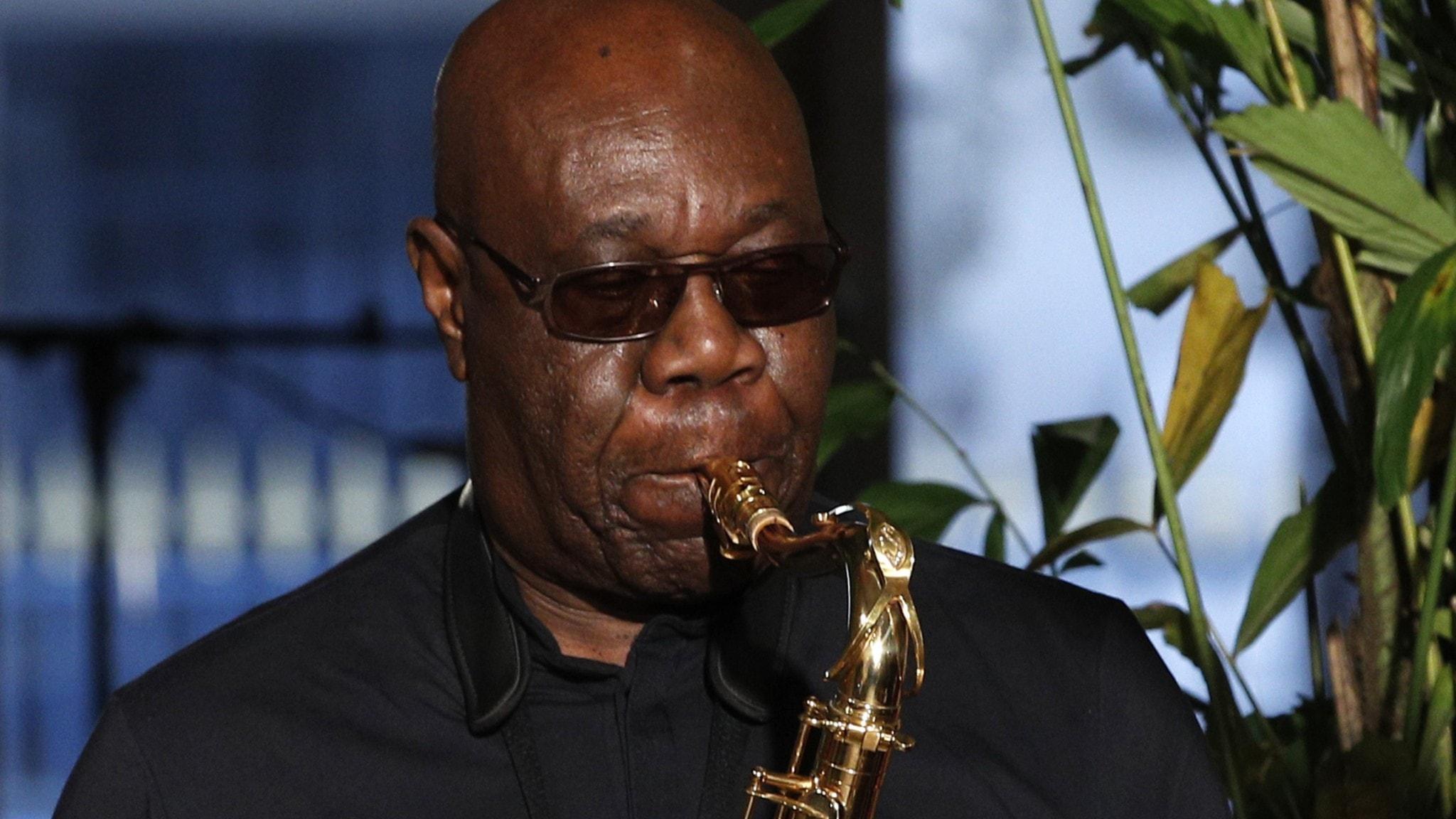 Man med saxofon
