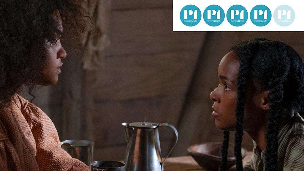"""Janelle Monáe till höger, gör huvudrollen som Veronica/Eden i """"Antebellum """"."""