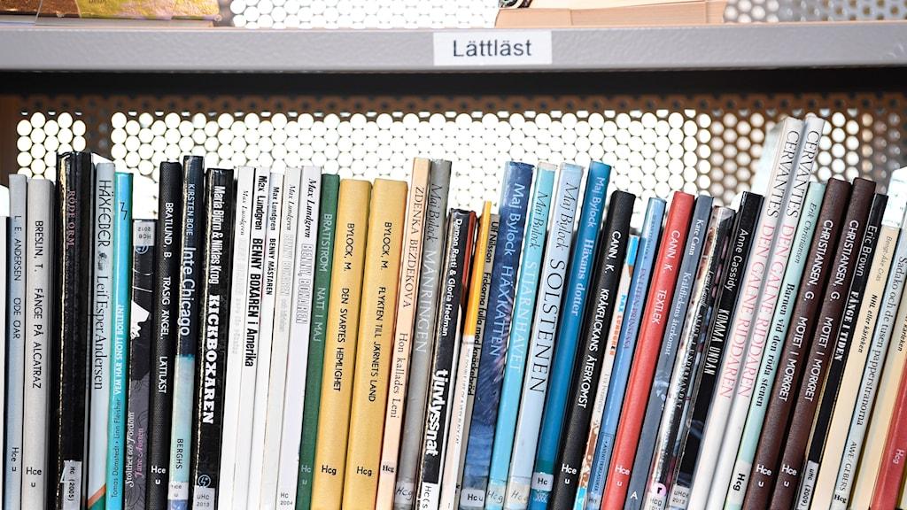 Efterfrågan på lättlästa böcker har ökat.